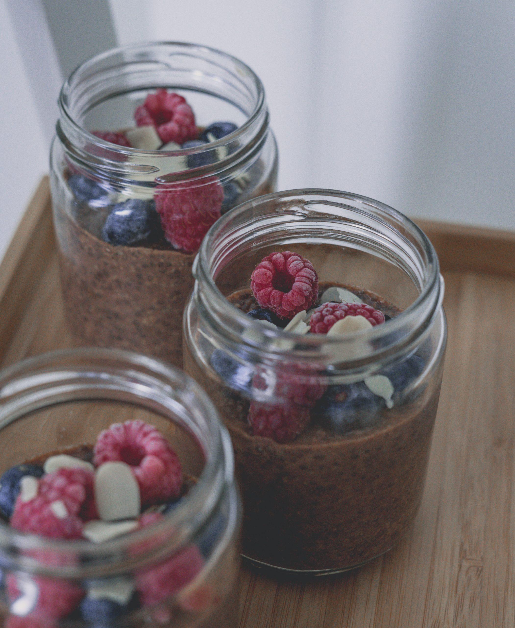 Schokoladen-Erdnuss Chia Pudding